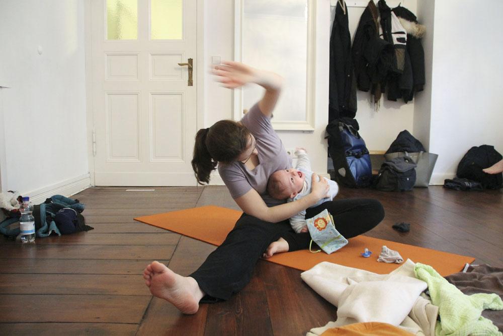 lorna mama+baby yoga berlin moabit804mm