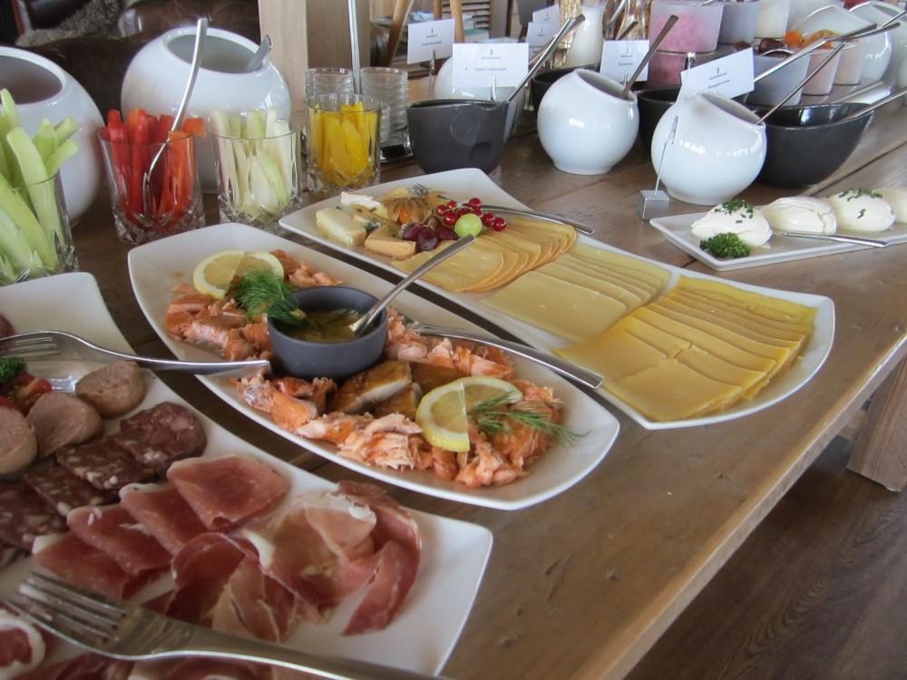 Das Frühstücksbuffet im Bootshaus