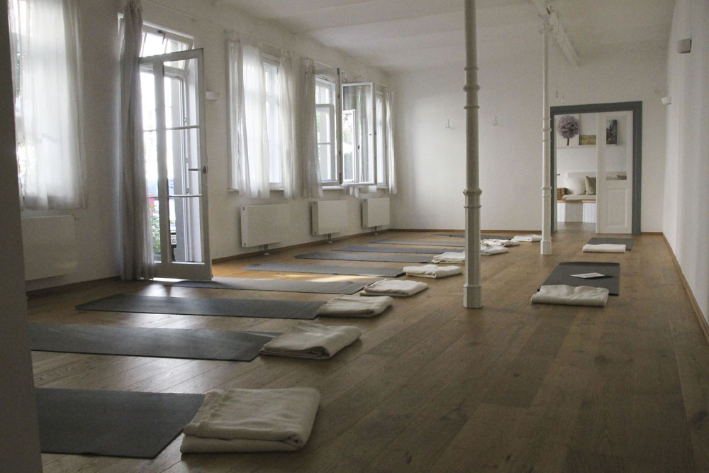 Hemma Yoga Studio München Neuhausen Maillingerstrasse 1931