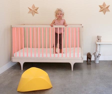Mummy Mag_Babybett_kalonstudios_caravan_crib