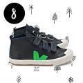 8. Türchen <br> Gewinnt ein Paar Kids Bio-Sneaker von VEJA