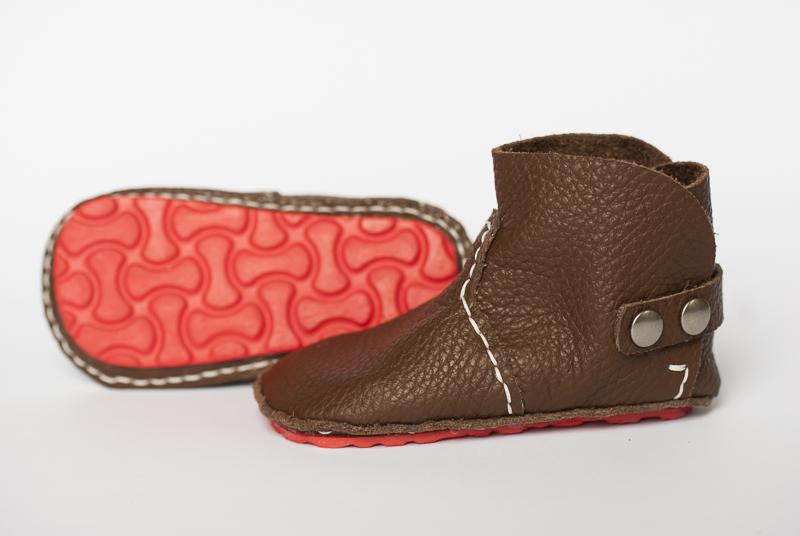 Oster Gewinnspiel mit handmade DIY First Baby Shoes