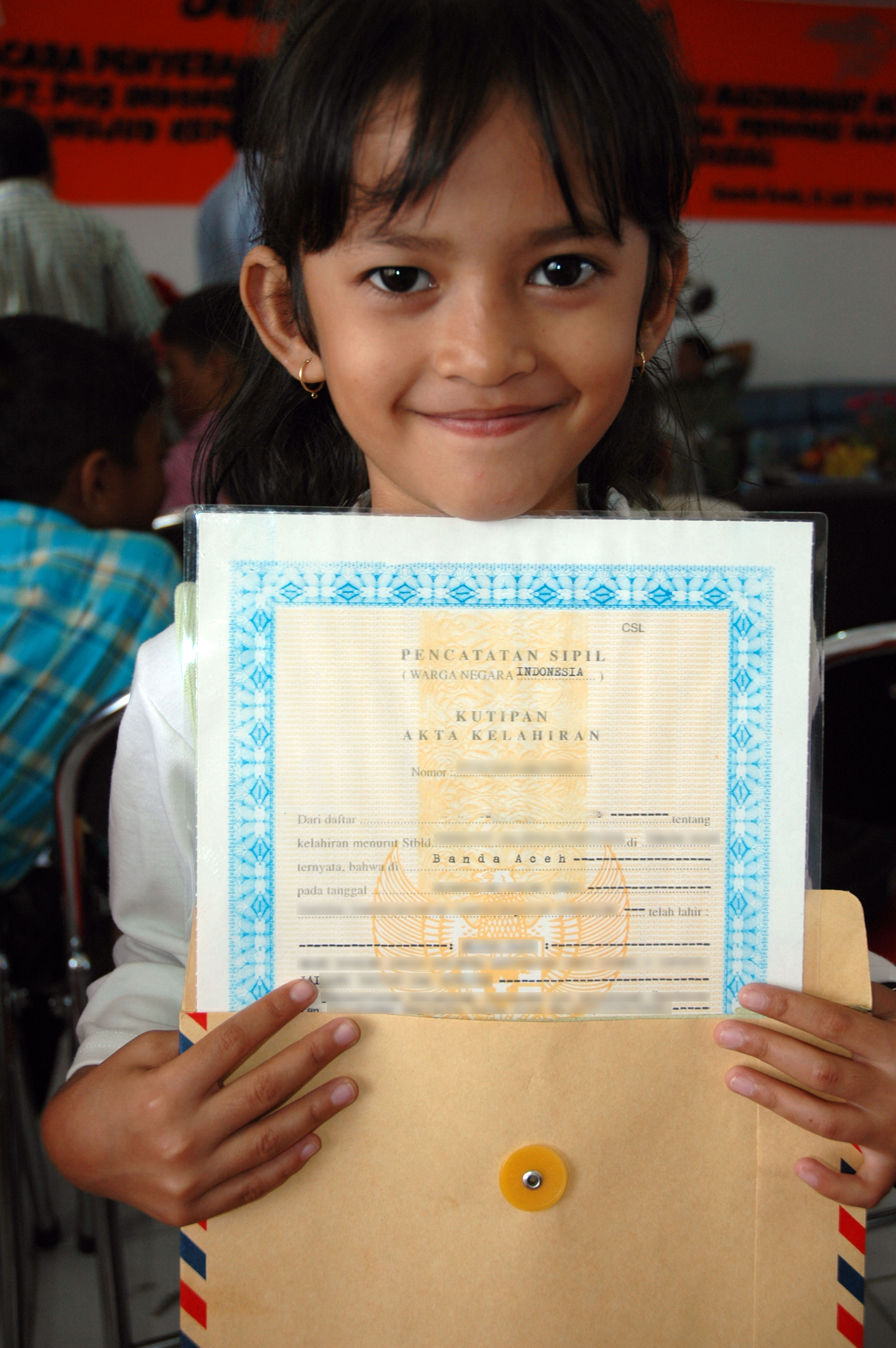 New Birth Certificates Mean Better Opportunities for Tsunami-Affected Children in Indonesia