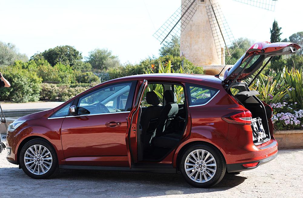 Der Ford C-Max im Familienauto-Check