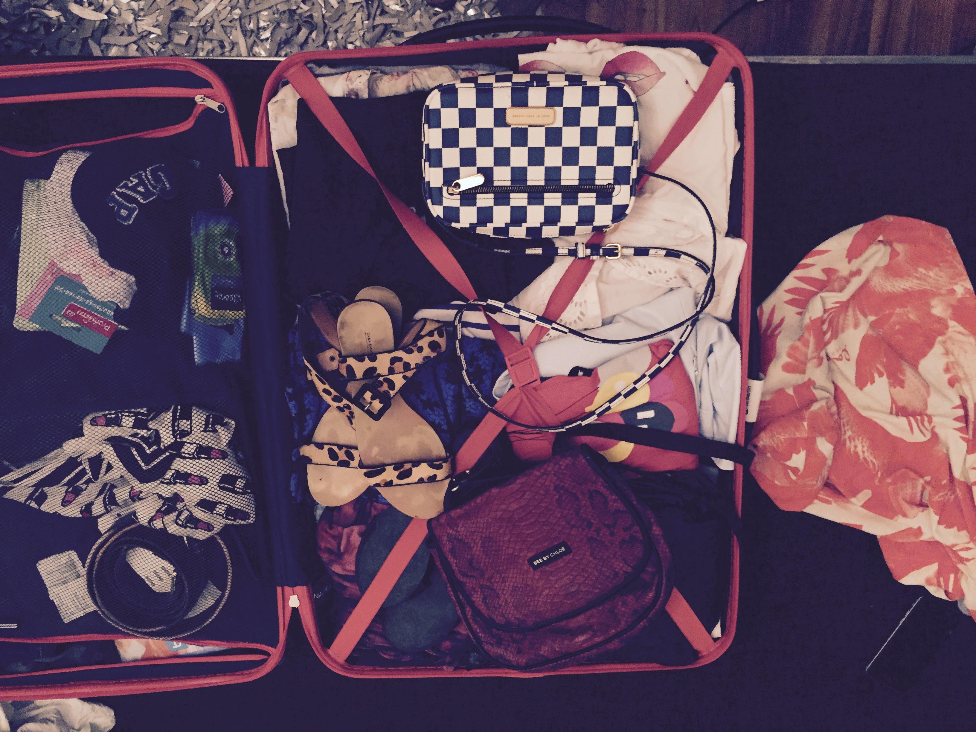 ich packe meinen Koffer für travel with kids bei Mummy Mag