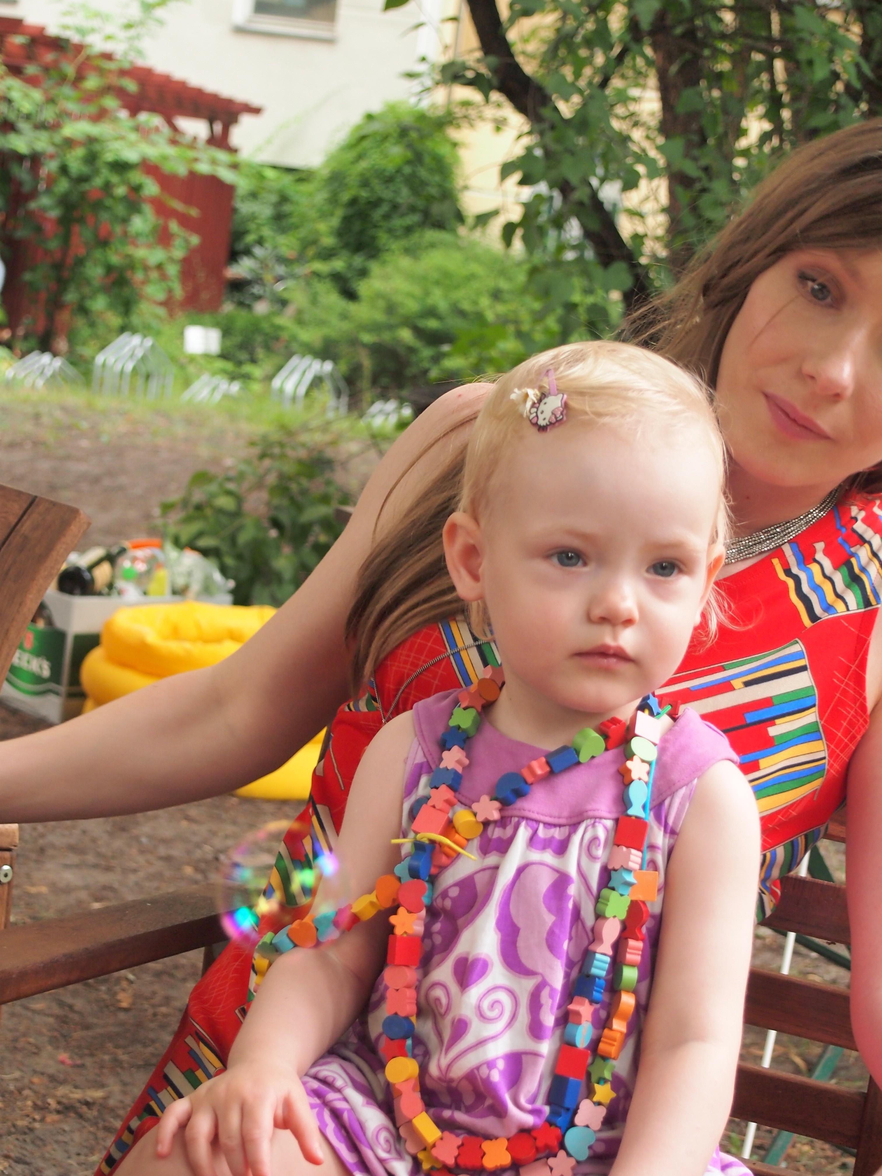 Baby Rosa und Franzi bei The Day That auf Mummy Mag