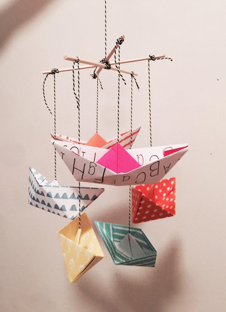 DIY <br> Paperboat-Mobile