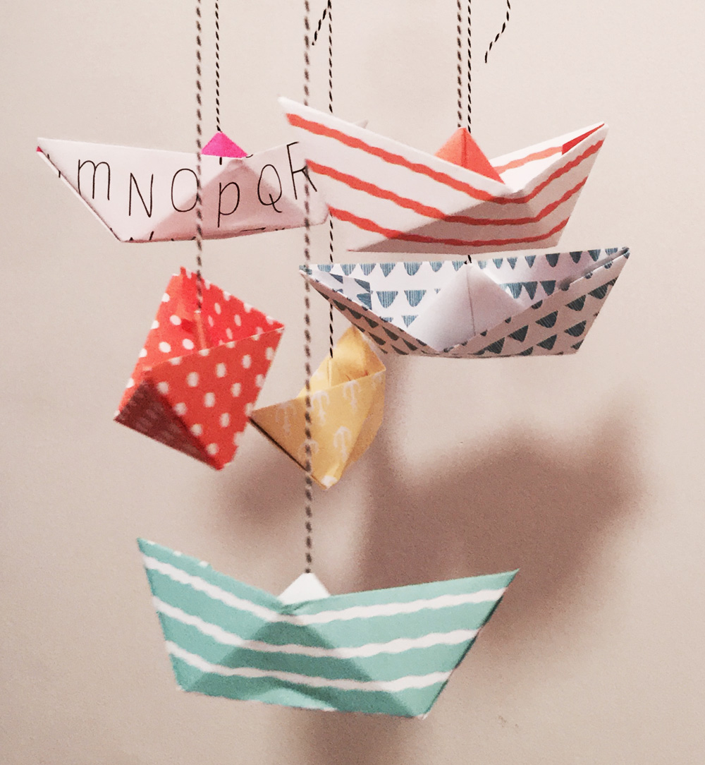 DIY_Mobile_Paperboats_Detail