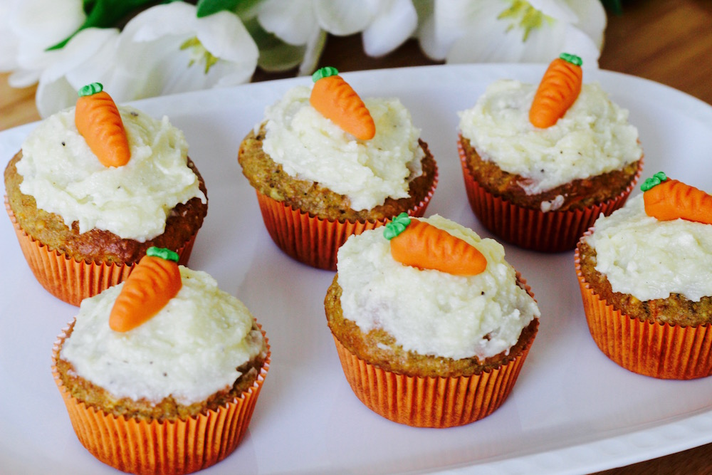 m hrenmuffins mit cream cheese frosting mummy mag. Black Bedroom Furniture Sets. Home Design Ideas