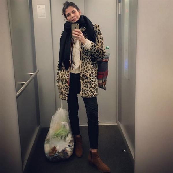 Dari Maximova Alltag einer Mutter_Müll rausbringen