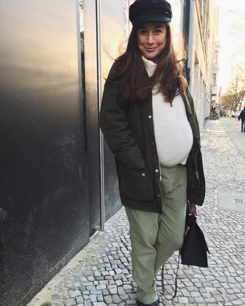 MUMMY MAG Janine Dudenhoeffer schwanger Isabel Marant Muetze