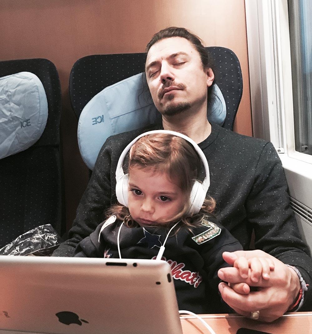 Bahnfahrt_iPad