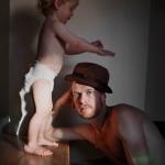 Johan Bävman mit Sohn Viggo vom Photobuch Swedish Dads