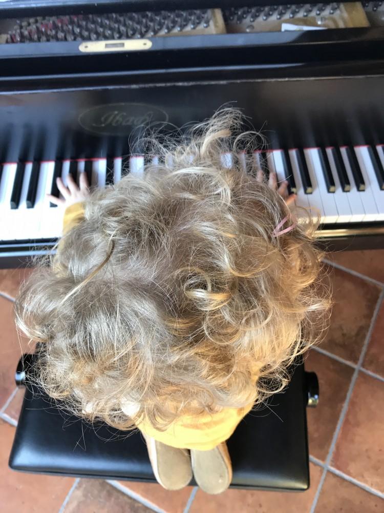 Der Junge mit der Haarspange <br> und die ewige Gender-Frage