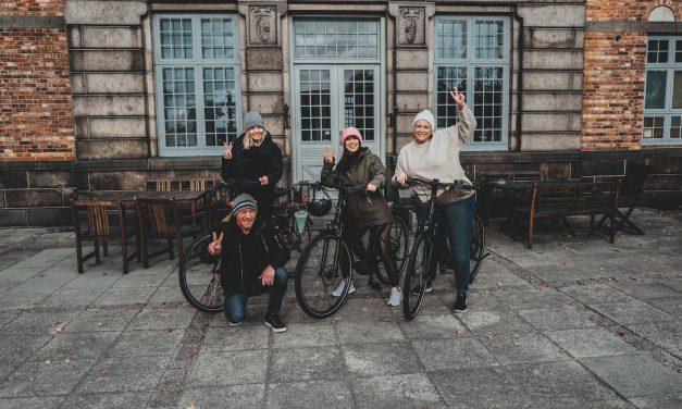 """MOBILITÄT <br/>Die """"grüne"""" Influencerin Louisa Dellert erkundet Bornholm mit dem E-Bike"""