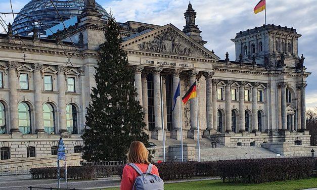 Bundestagsabgeordnete: 100 Stunden Arbeit und Familie?