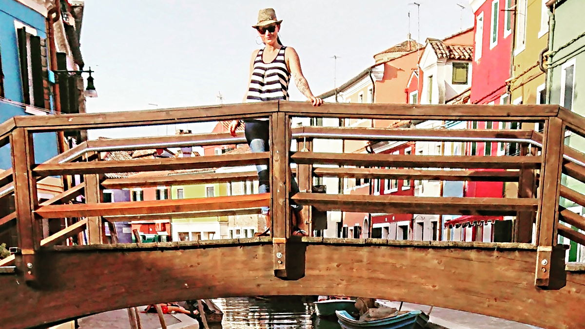 MUMMY MAG Gedanken über das Denken Brücke