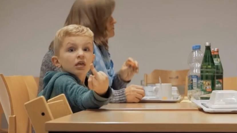Dokumentarfilm Elternschule