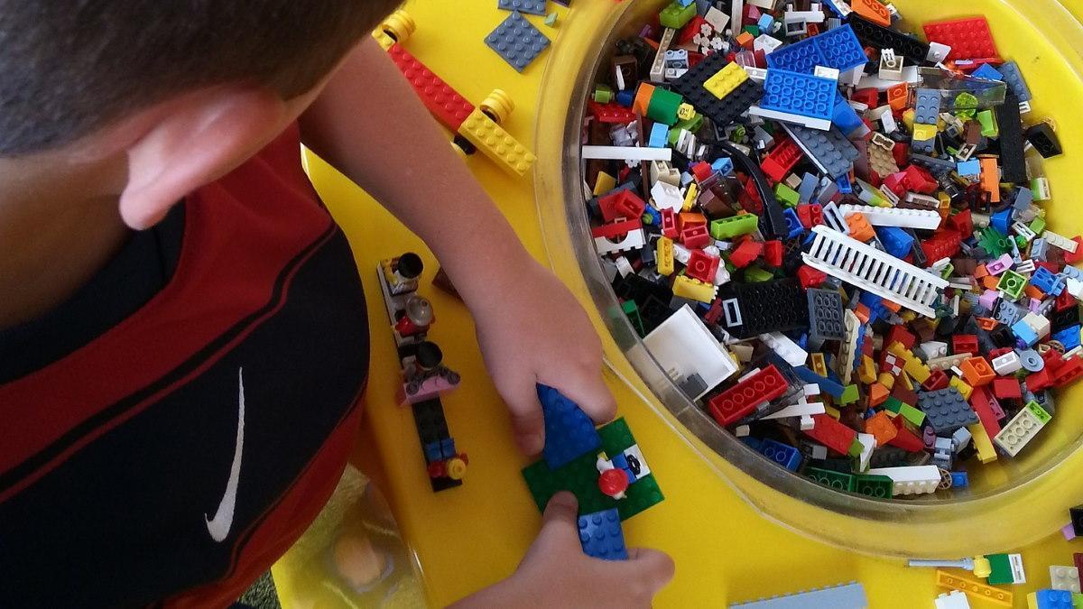 MUMMY MAG Überlebensstrategie Lego